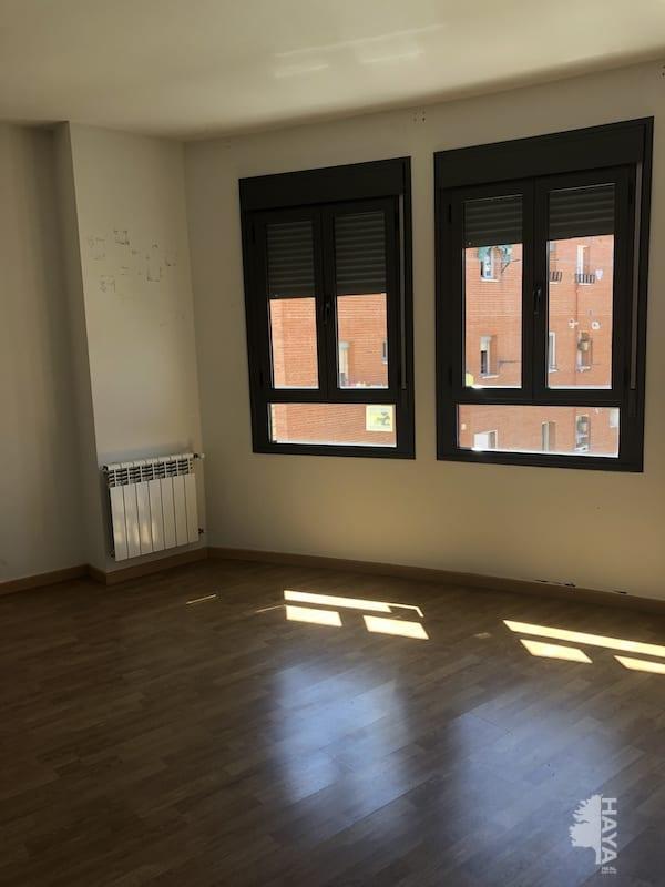 Piso en venta en El Castillo, Torrejón de Ardoz, Madrid, Calle Pablo de Olavide, 165.000 €, 1 baño, 1 m2