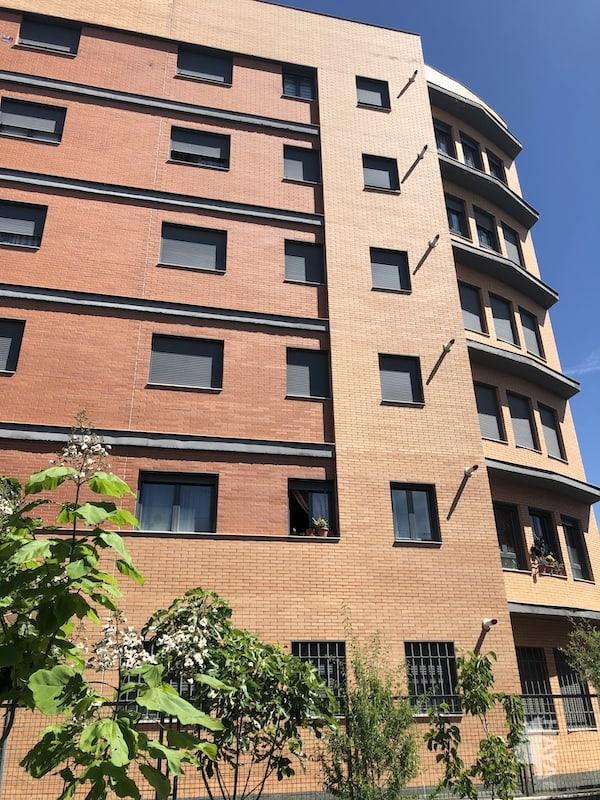 Piso en venta en El Castillo, Torrejón de Ardoz, Madrid, Plaza Pablo de Olavide, 129.000 €, 2 habitaciones, 2 baños