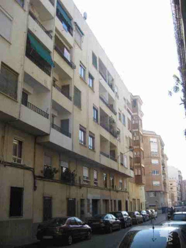 Piso en venta en Grupo Ribes Pla, Castellón de la Plana/castelló de la Plana, Castellón, Calle Salvador Guinot, 41.100 €, 4 habitaciones, 1 baño, 103 m2