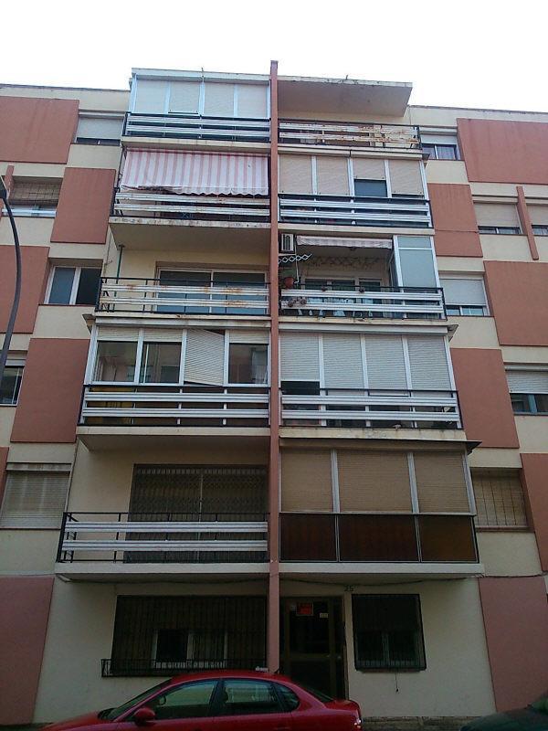 Piso en venta en El Carme, Reus, Tarragona, Calle Muralla, 64.000 €, 3 habitaciones, 1 baño, 81 m2