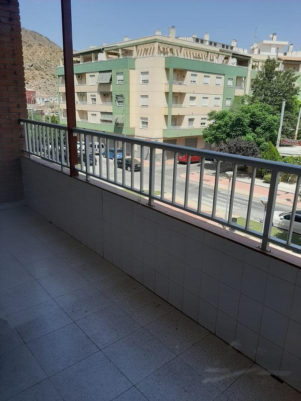 Piso en venta en Callosa de Segura, Alicante, Avenida de la Constitución, 72.000 €, 3 habitaciones, 2 baños, 111 m2