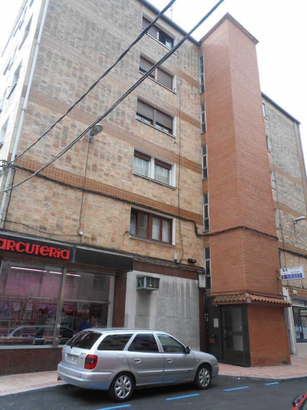 Piso en venta en Errekatxo / El Regato, Barakaldo, Vizcaya, Calle Vista Alegre, 132.100 €, 3 habitaciones, 1 baño, 75 m2