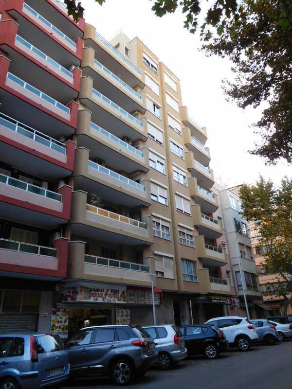 Piso en venta en La Ciutat Jardí, Palma de Mallorca, Baleares, Calle Reyes Católicos, 186.000 €, 4 habitaciones, 2 baños, 150 m2