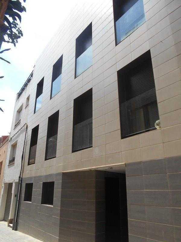 Piso en venta en Tordera, Tordera, Barcelona, Calle Espases, 87.600 €, 3 habitaciones, 2 baños, 125 m2