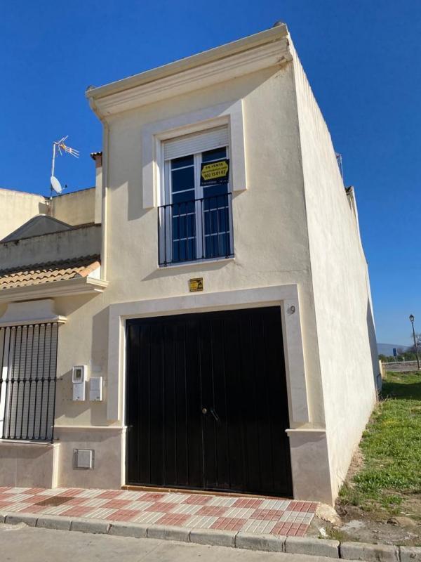 Casa en venta en Fuente de Piedra, Málaga, Calle Cordoba, 69.000 €, 2 habitaciones, 2 baños, 110 m2