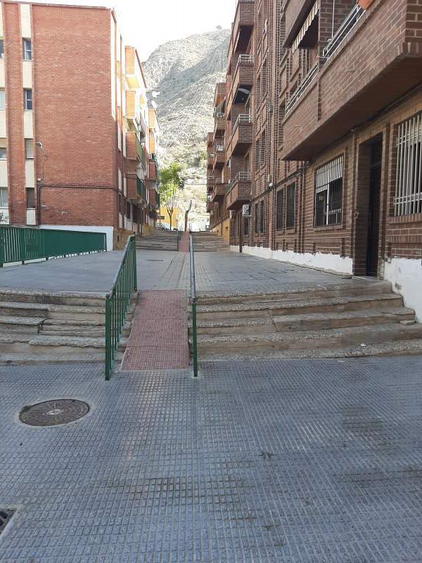 Piso en venta en Rabaloche, Orihuela, Alicante, Calle Oriol, 36.000 €, 3 habitaciones, 1 baño, 87 m2