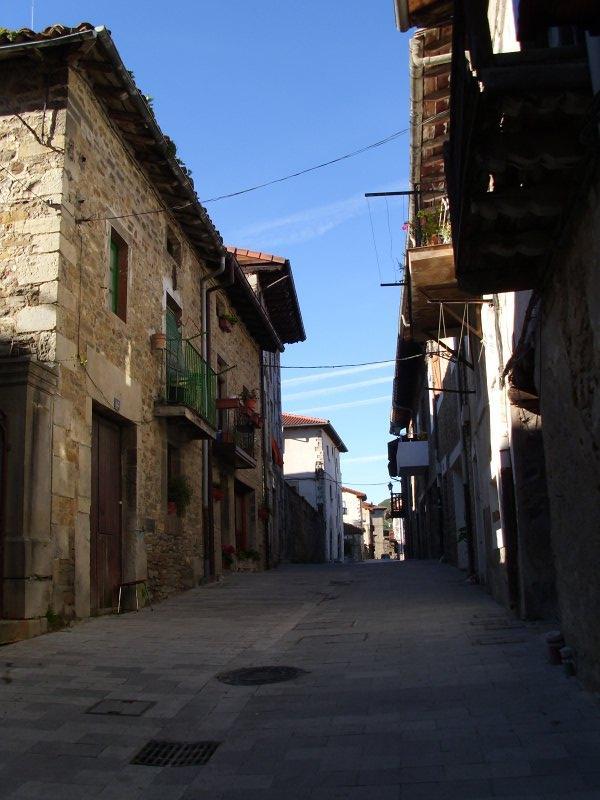 Piso en venta en Artziniega, Álava, Calle del Medio, 69.000 €, 2 habitaciones, 1 baño, 92 m2