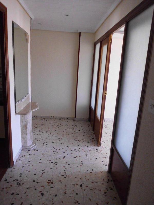 Piso en venta en Piso en Algueña, Alicante, 38.250 €, 3 habitaciones, 2 baños, 136 m2