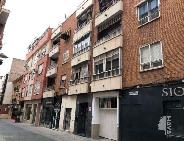 Piso en venta en Puertollano, Ciudad Real, Calle Amargura, 48.900 €, 4 habitaciones, 2 baños, 90 m2