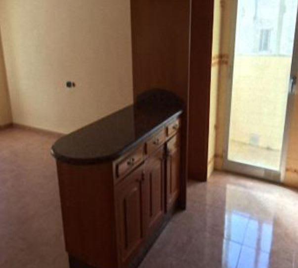Piso en venta en Vila-real, Castellón, Calle Reina Na Violant D`hongria, 98.400 €, 4 habitaciones, 2 baños, 126 m2