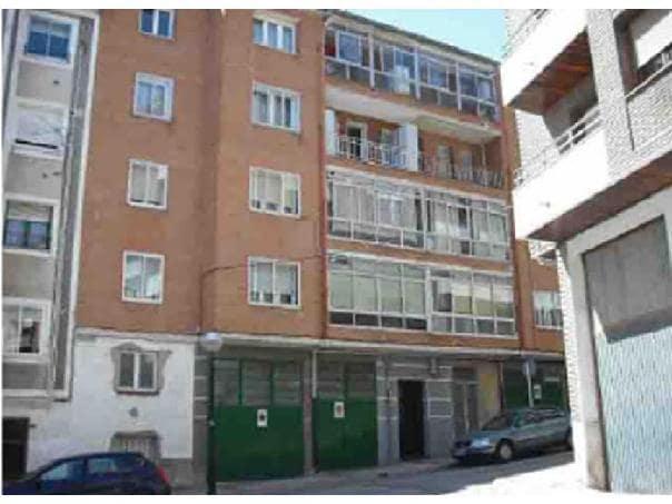 Piso en venta en Briviesca, Burgos, Calle Rafael Calleja, 22.402 €, 3 habitaciones, 1 baño, 81 m2