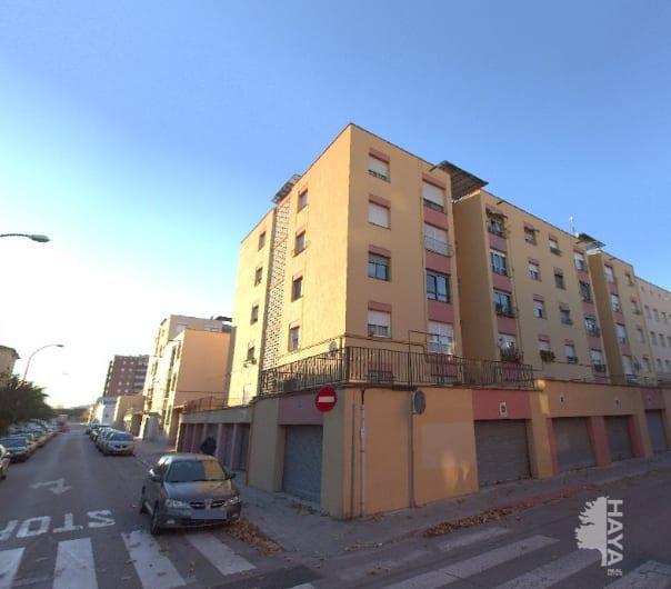 Piso en venta en Sabadell, Barcelona, Calle Lluis Creus, 71.985 €, 3 habitaciones, 1 baño, 77 m2