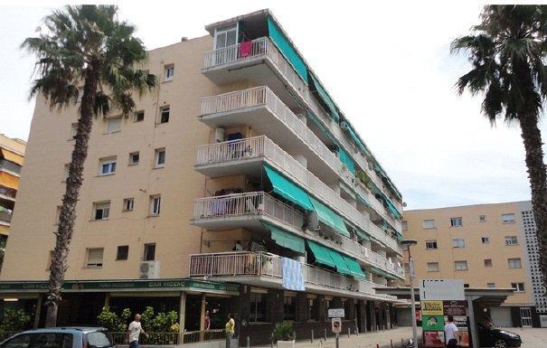 Piso en venta en Cap Salou, Salou, Tarragona, Calle Barcelona, 139.000 €, 3 habitaciones, 2 baños, 105 m2
