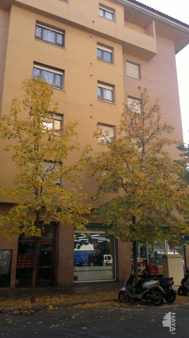 Piso en venta en Salt, Girona, Calle Torres I Bages, 77.000 €, 2 habitaciones, 2 baños, 73 m2