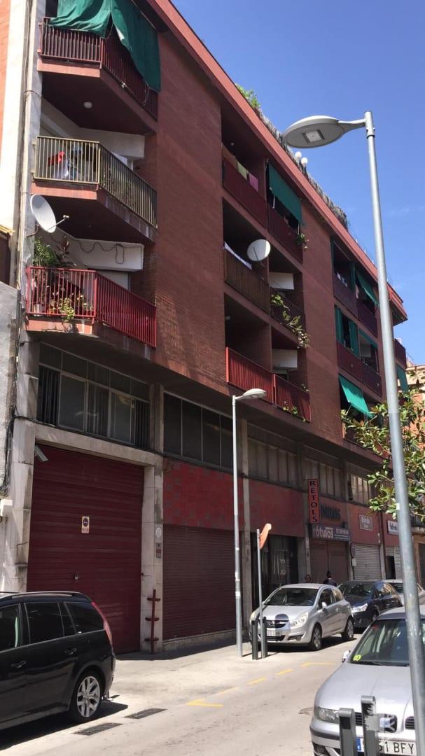 Piso en venta en Sant Mori de Llefià, Badalona, Barcelona, Calle Sagrada Familia, 143.625 €, 3 habitaciones, 1 baño, 75 m2
