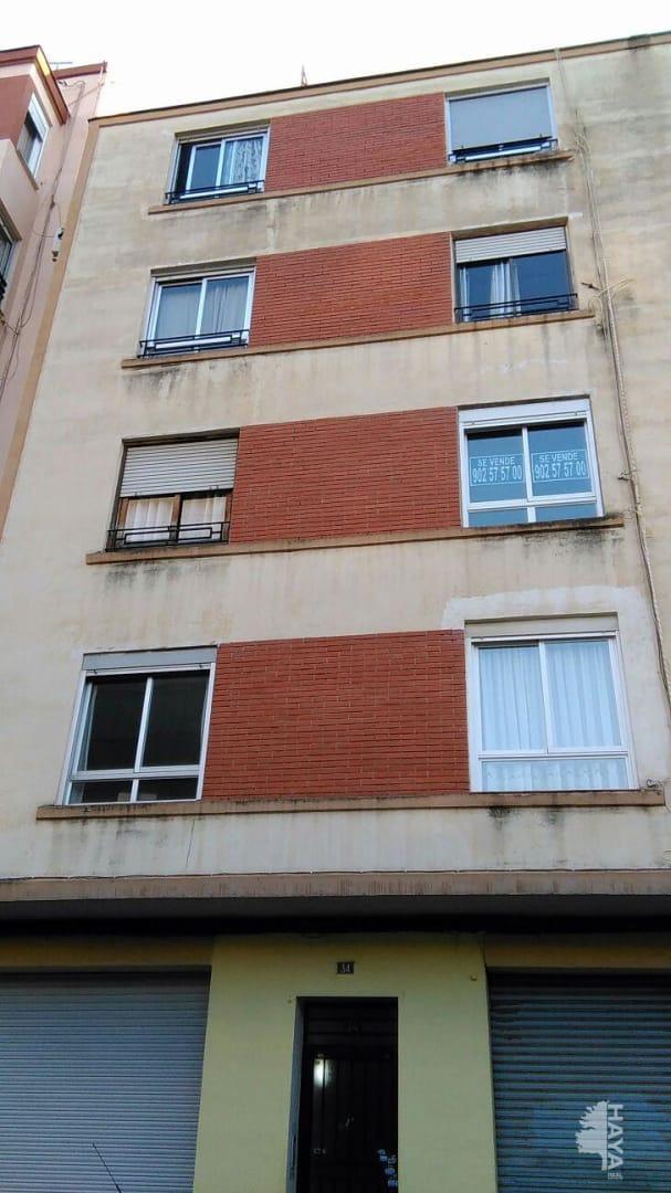 Piso en venta en Grupo San Pedro, Castellón de la Plana/castelló de la Plana, Castellón, Calle Prim, 31.000 €, 3 habitaciones, 1 baño, 75 m2