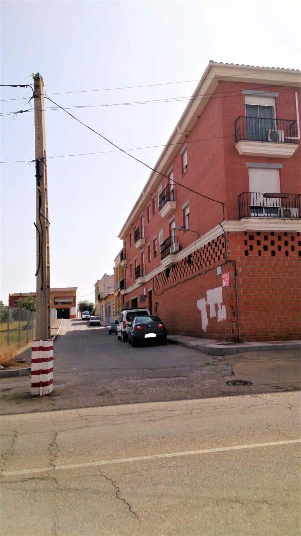 Piso en venta en Quintana de la Serena, Badajoz, Travesía Venero, 70.300 €, 4 habitaciones, 2 baños, 90 m2