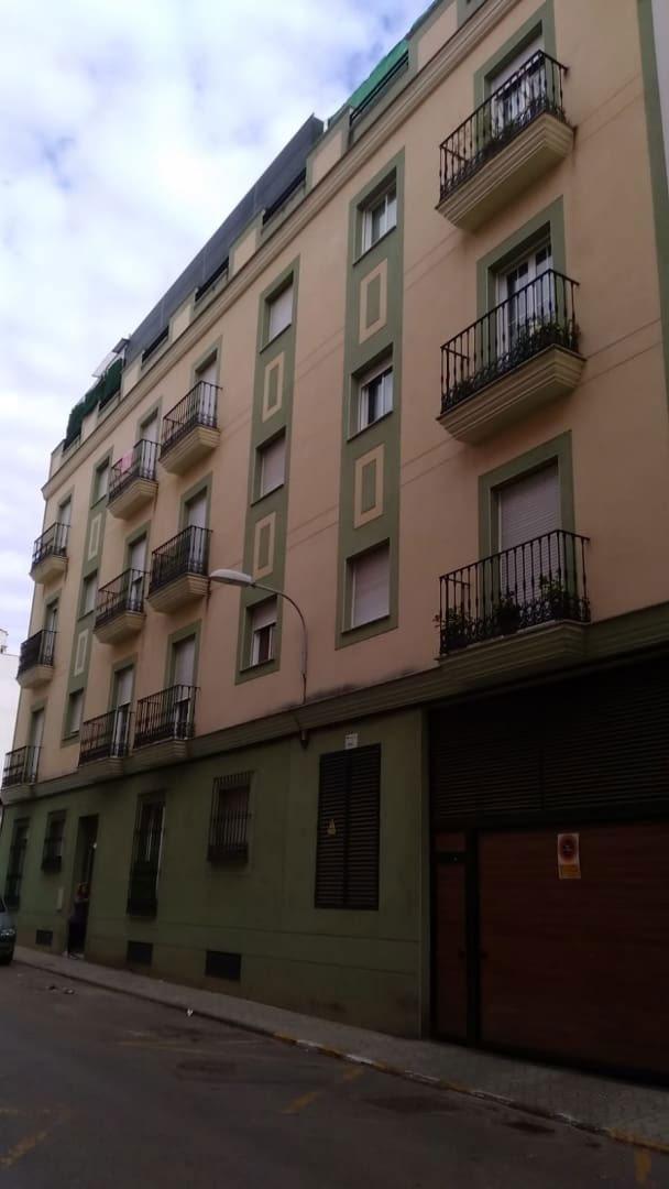 Piso en venta en Almendralejo, Badajoz, Calle Seis de Diciembre, 101.200 €, 3 habitaciones, 2 baños, 113 m2