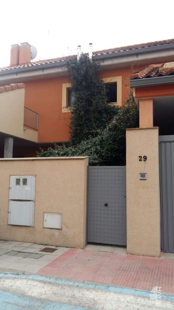 Casa en venta en Pioz, Guadalajara, Calle Ignacio Zuluaga, 113.000 €, 4 habitaciones, 2 baños, 171 m2