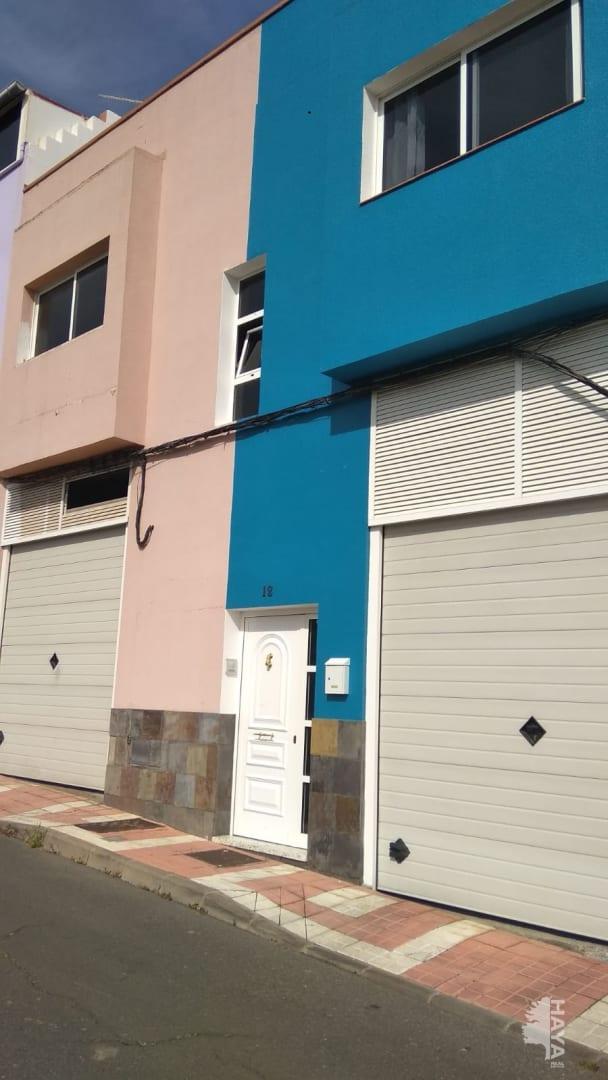 Piso en venta en La Montañeta, la Palmas de Gran Canaria, Las Palmas, Calle Riquianez, 110.983 €, 2 habitaciones, 1 baño, 69 m2