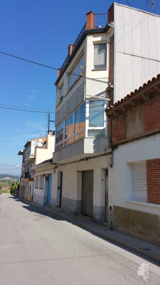 Piso en venta en El Galobart, Navarcles, Barcelona, Calle Tarragona, 99.000 €, 4 habitaciones, 131 m2