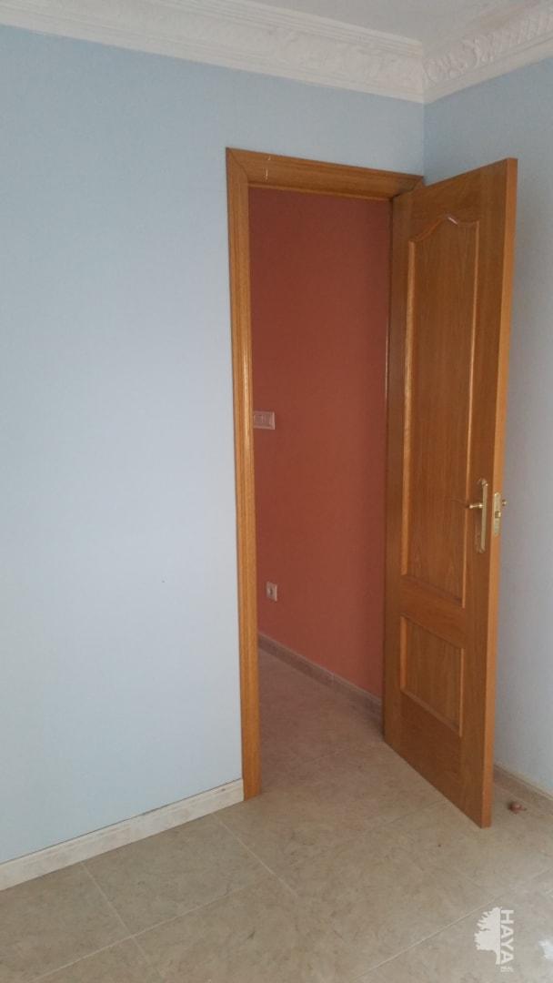 Piso en venta en Barrio de Santa Maria, Talavera de la Reina, Toledo, Calle San Vicente, 30.000 €, 2 habitaciones, 1 baño, 42 m2