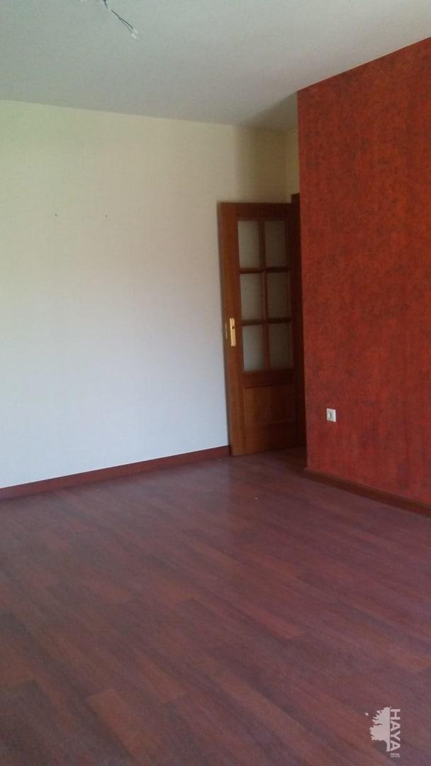 Piso en venta en La Zubia, Granada, Calle Golondrina, 66.000 €, 2 habitaciones, 1 baño, 80 m2
