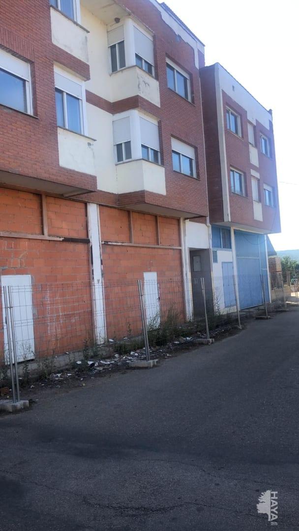 Piso en venta en Santa Colomba de Curueño, Santa Colomba de Curueño, León, Camino Devesa, 27.825 €, 3 habitaciones, 1 baño, 82 m2