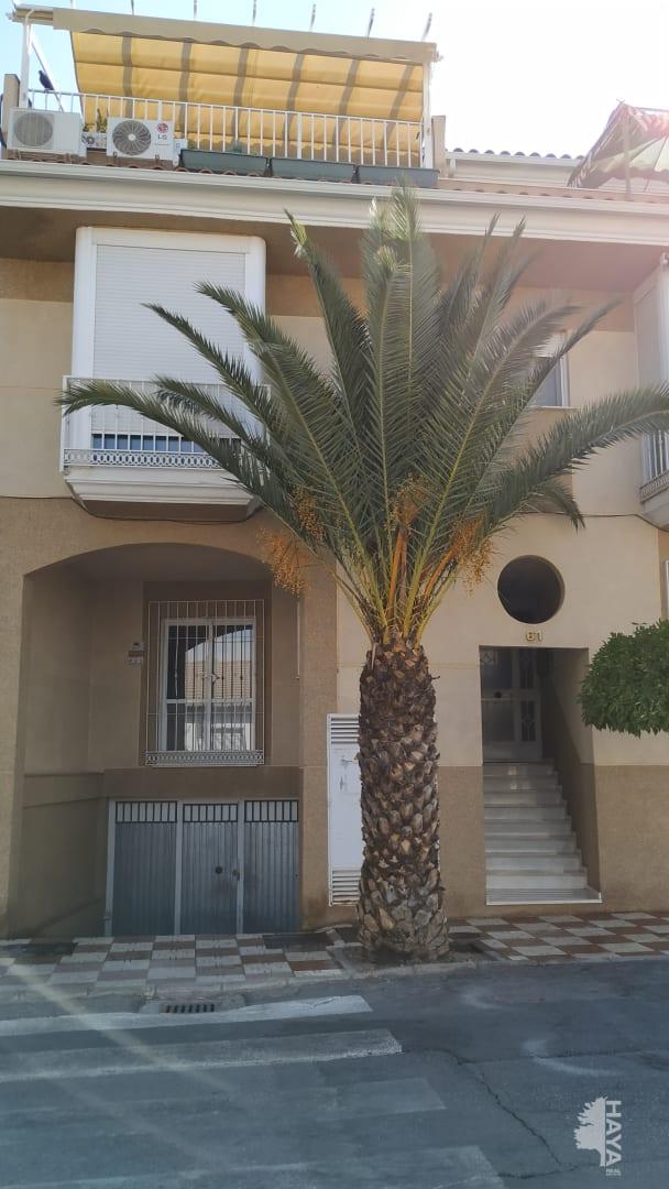 Piso en venta en Churriana de la Vega, Granada, Paseo Ermita, 76.000 €, 2 habitaciones, 1 baño, 84 m2
