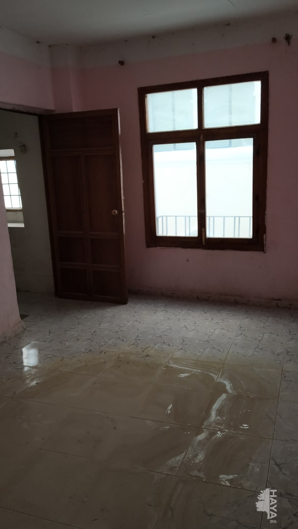 Casa en venta en Baza, Granada, Calle Almendro, 51.000 €, 6 habitaciones, 1 baño, 228 m2