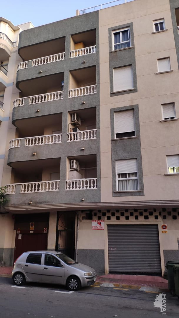 Piso en venta en Urbanización Calas Blancas, Torrevieja, Alicante, Avenida Diego Ramirez Pastor, 60.800 €, 2 habitaciones, 1 baño, 71 m2