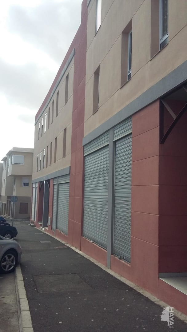Local en venta en Granadilla de Abona, Santa Cruz de Tenerife, Calle Rosalia de Castro, 34.400 €, 141 m2