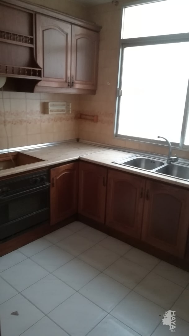 Piso en venta en Almedina, Almería, Almería, Calle San Telmo, 57.960 €, 3 habitaciones, 1 baño, 82 m2