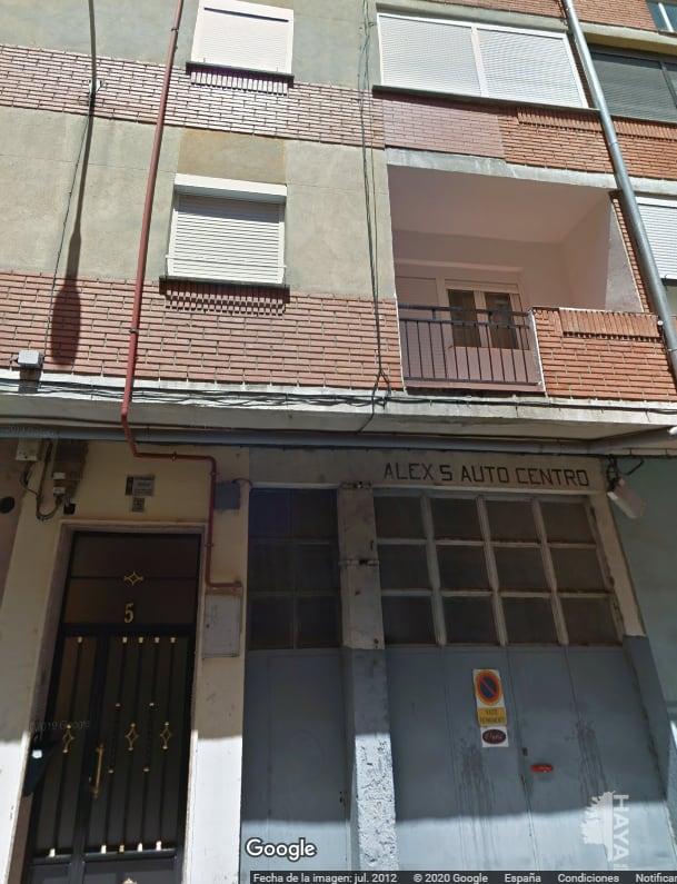 Piso en venta en Santo Tomás, Medina del Campo, Valladolid, Calle Adajuela, 47.000 €, 3 habitaciones, 1 baño, 73 m2