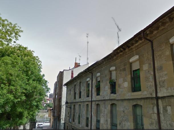 Piso en venta en Miranda de Ebro, Burgos, Calle Independencia, 32.500 €, 2 habitaciones, 1 baño, 88 m2