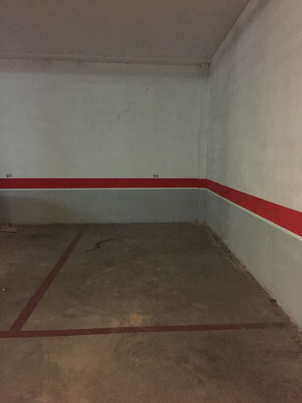 Parking en venta en Parking en Montserrat, Valencia, 5.000 €, 35 m2, Garaje