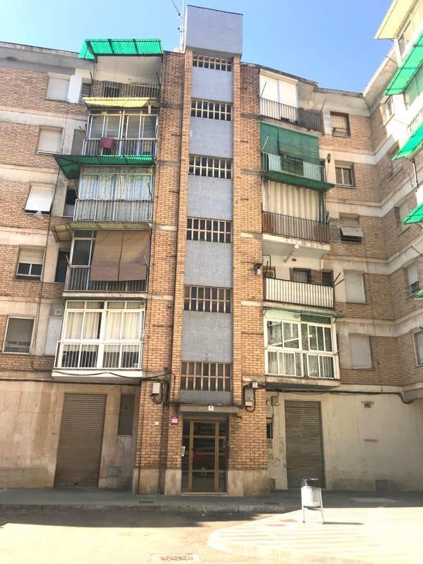Piso en venta en Torre de Camp-rubí, Balaguer, Lleida, Calle Gregorio Marañon, 42.000 €, 4 habitaciones, 1 baño, 110 m2