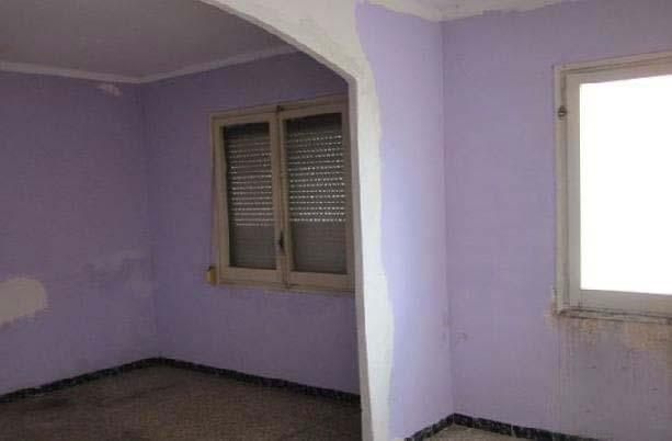Piso en venta en Reus, Tarragona, Calle Antoni Fabra I Ribas, 47.100 €, 2 habitaciones, 1 baño, 89 m2