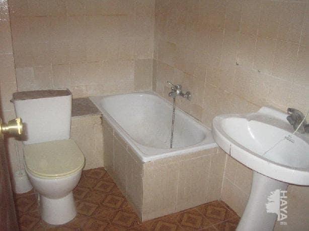 Piso en venta en Piso en L` Alcora, Castellón, 21.000 €, 3 habitaciones, 1 baño, 83 m2