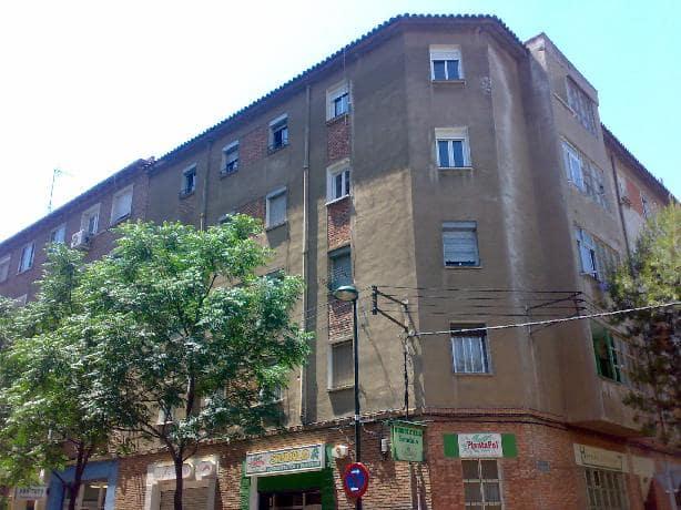 Piso en venta en Zaragoza, Zaragoza, Calle Eloy Martinez, 68.447 €, 3 habitaciones, 1 baño, 84 m2