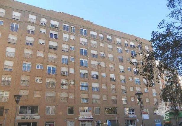 Piso en venta en Piso en Castellón de la Plana/castelló de la Plana, Castellón, 84.900 €, 2 habitaciones, 1 baño, 68 m2, Garaje