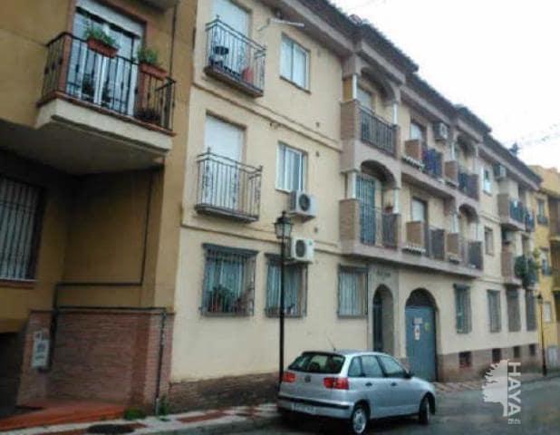 Piso en venta en La Zubia, Granada, Avenida Sol, 66.000 €, 2 habitaciones, 1 baño, 73 m2
