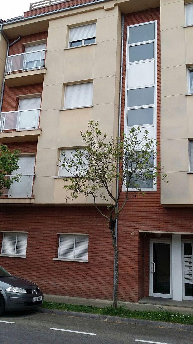 Piso en venta en Olot, Girona, Avenida Peru, 158.000 €, 3 habitaciones, 1 baño, 166 m2