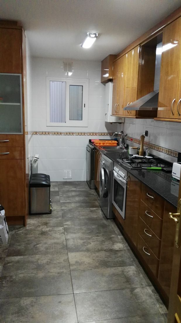 Piso en venta en Rubí, Barcelona, Calle Sant Gaieta, 192.000 €, 3 habitaciones, 2 baños, 80 m2