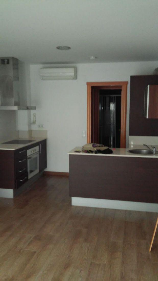Piso en venta en Terrassa, Barcelona, Calle Albacete, 95.000 €, 2 habitaciones, 1 baño, 50 m2