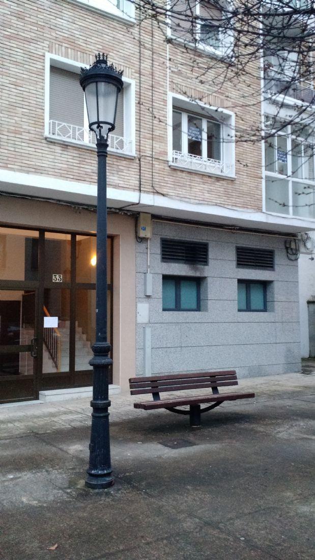Piso en venta en Huarte/uharte, Navarra, Calle Zubiarte, 125.000 €, 3 habitaciones, 1 baño, 102,52 m2