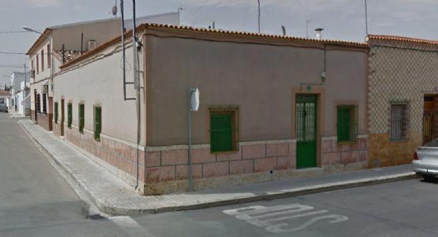 Casa en venta en Tomelloso, Ciudad Real, Calle Campomanes, 55.000 €, 3 habitaciones, 1 baño, 134 m2