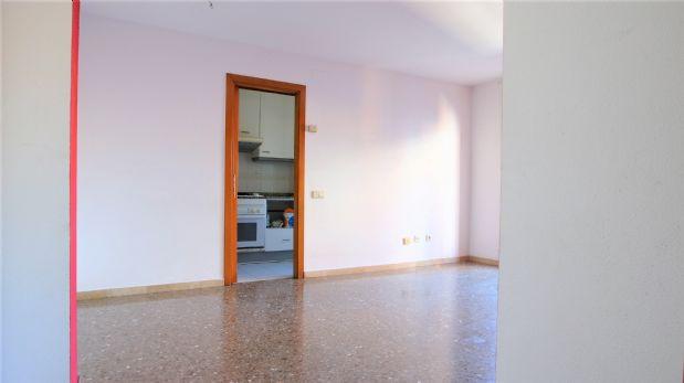 Piso en venta en Sant Pere Nord, Terrassa, Barcelona, Calle Roca I Roca, 134.500 €, 3 habitaciones, 1 baño, 76 m2