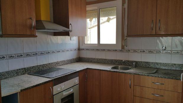 Piso en venta en Navàs, Barcelona, Calle Germans Sellares, 32.200 €, 4 habitaciones, 1 baño, 72 m2