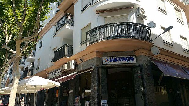 Piso en venta en Villanueva de la Serena, Badajoz, Calle de Chile, 60.000 €, 1 habitación, 1 baño, 67 m2